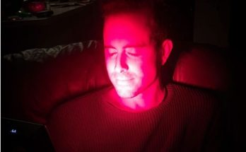 Bradley Carden uses a Solbasium red light