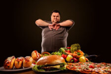 Green light therapy increases leptin satiety hormone